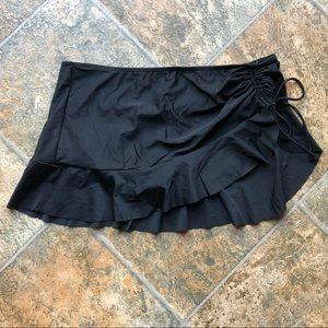 NEVER WORN Black Swim Skirt Bottom